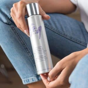 Monat's The Champ Dry Shampoo